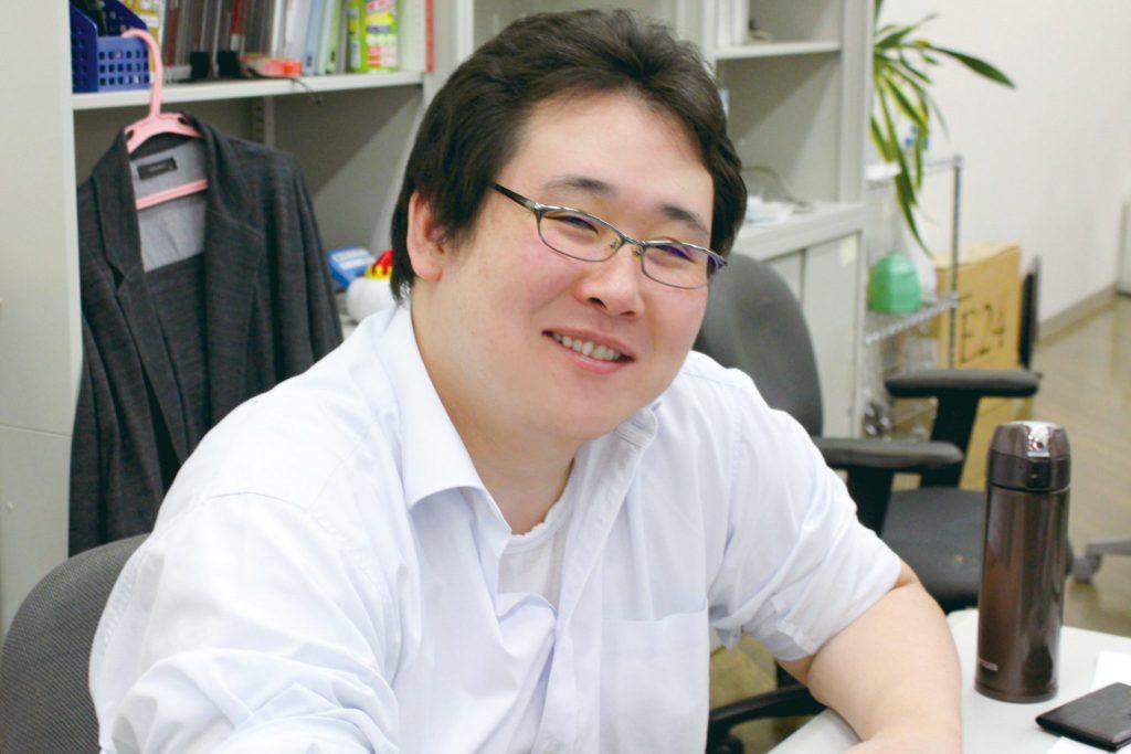 開発職 鈴木 泰介