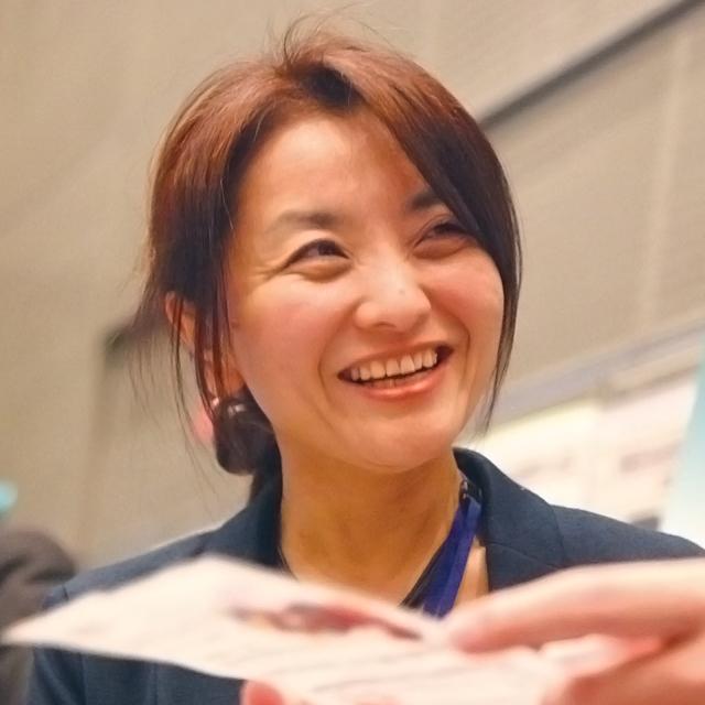 営業統括本部長 山田尚子