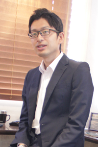 永井 浩由(ながい ひろよし)